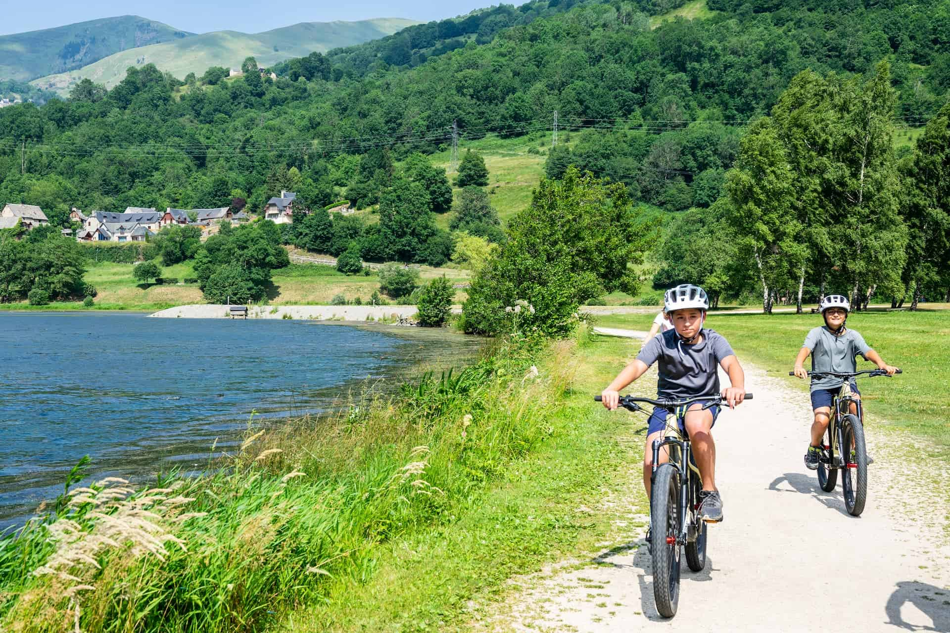 Vélo au bord du lac